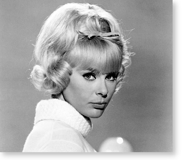 Welcome to the official website of elke sommer